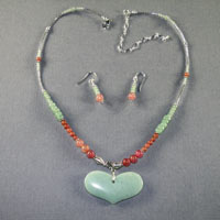 "Sterling Silver Aventurine Heart Length 17-21"" $40"